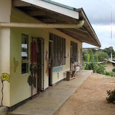 Het taakklasje in de Openbare School in Brokopondo